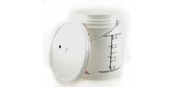 8 Gallon Fermenter with Lid