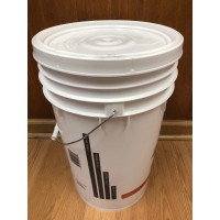 7 Gallon Plastic Fermenter with lid